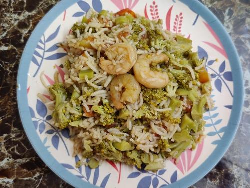 Broccoli prawn rice