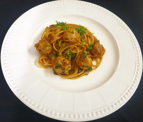 Spaghetti with Meat Balls (chicken)