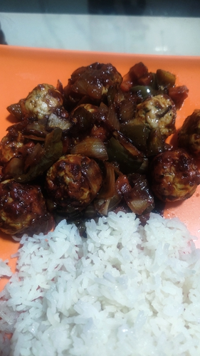 meat balls and white rice