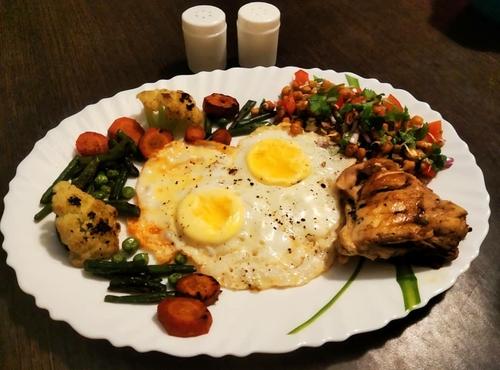 Sauteed veggies, chicken, chickpeas salad, eggs
