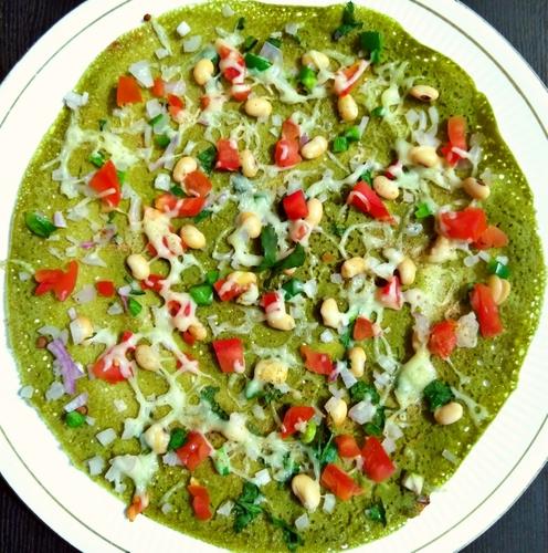 Spinach-soyabean dosa