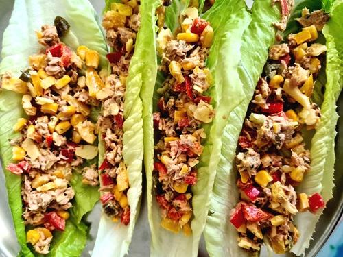 Zero carb (almost) Tuna lettuce wraps