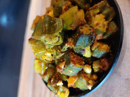 Bhindi/Okra ki Sabzi